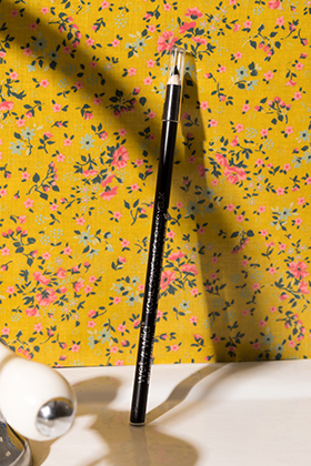 Color Icon Kohl Eyeliner Pencil noir